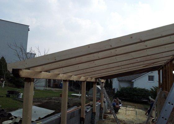Výměna střechy a vybudování arkýře pro koupelnu