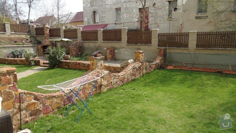 Zhotovení plotu: DSC03240