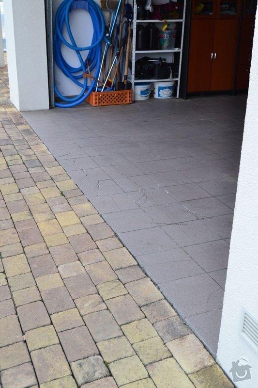 Výměna poškozených dlaždic v garáži, vyrovnání propadlé zámkové dlažby: DSC_0115