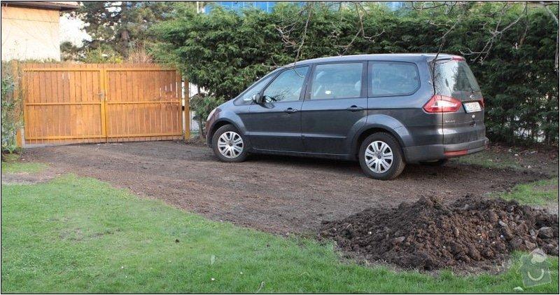 Zahradni parkovaci stani cca 35m2 : IMG_7593