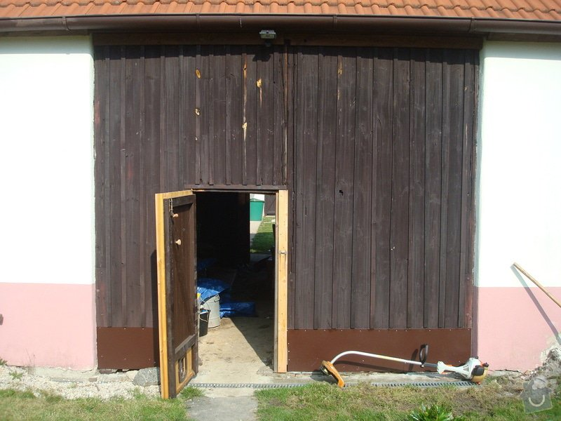Drevena vrata do stodoly: DSC09518