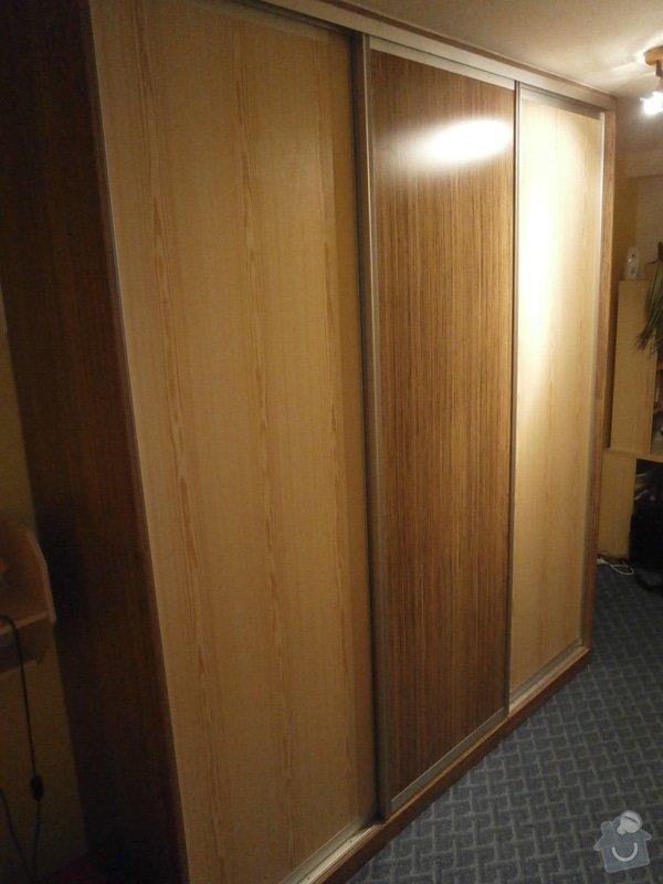 Šatní skříň: P3080266