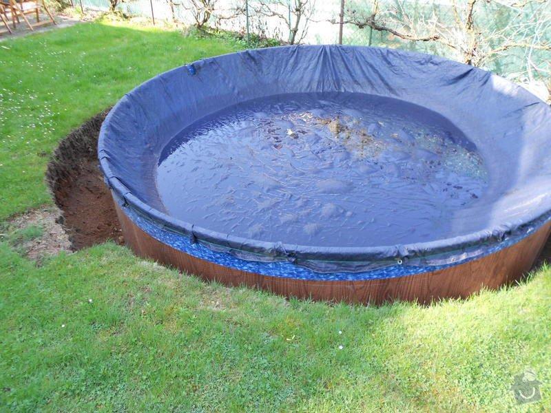 Dodělání úprav kolem bazénu 3,60m a betonování, upevnění a zapojení solárního panelu: 007