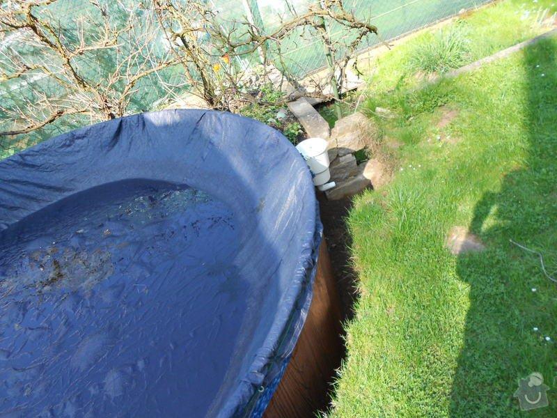 Dodělání úprav kolem bazénu 3,60m a betonování, upevnění a zapojení solárního panelu: 009