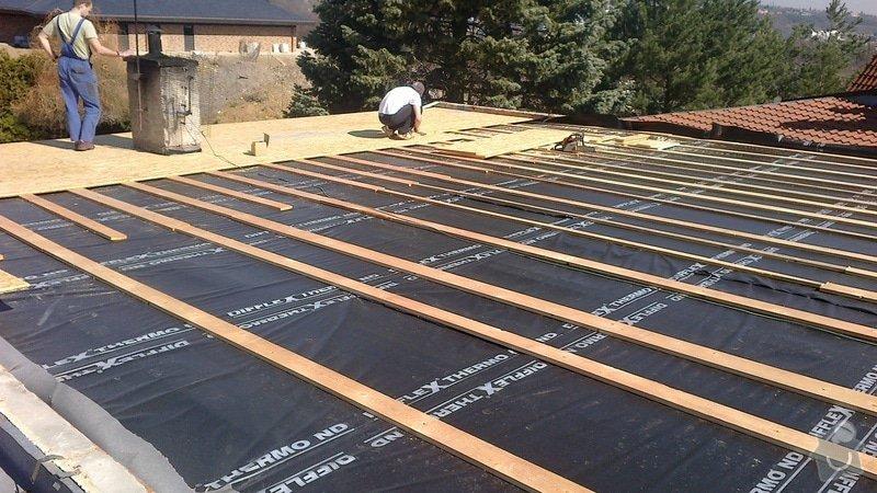 Zhotovení střechy: 2013-04-15-231