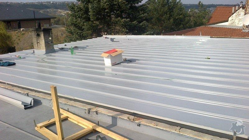 Zhotovení střechy: 2013-04-23-248