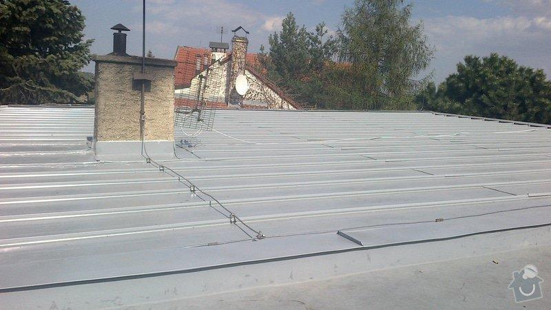 Zhotovení střechy: 2013-04-25-252