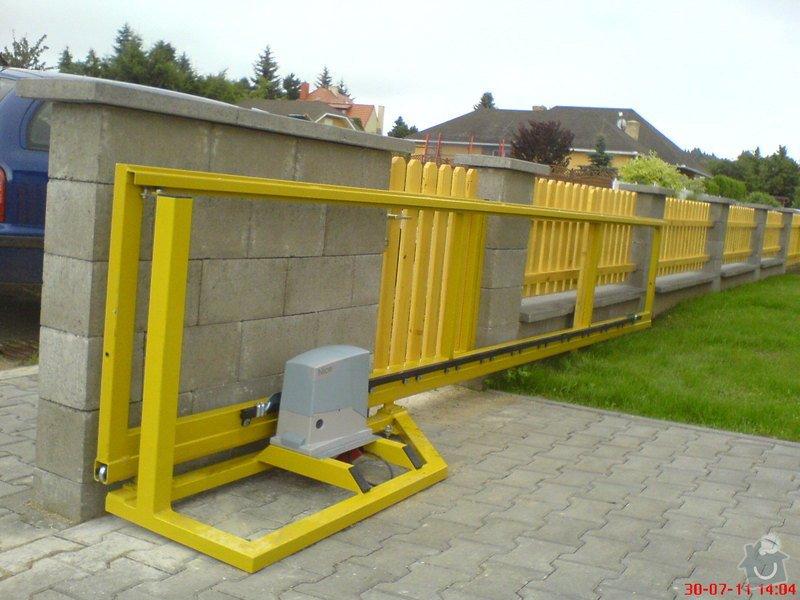 Výměna pohonu posuvné brány, spodní konzole: brana_posuvna3