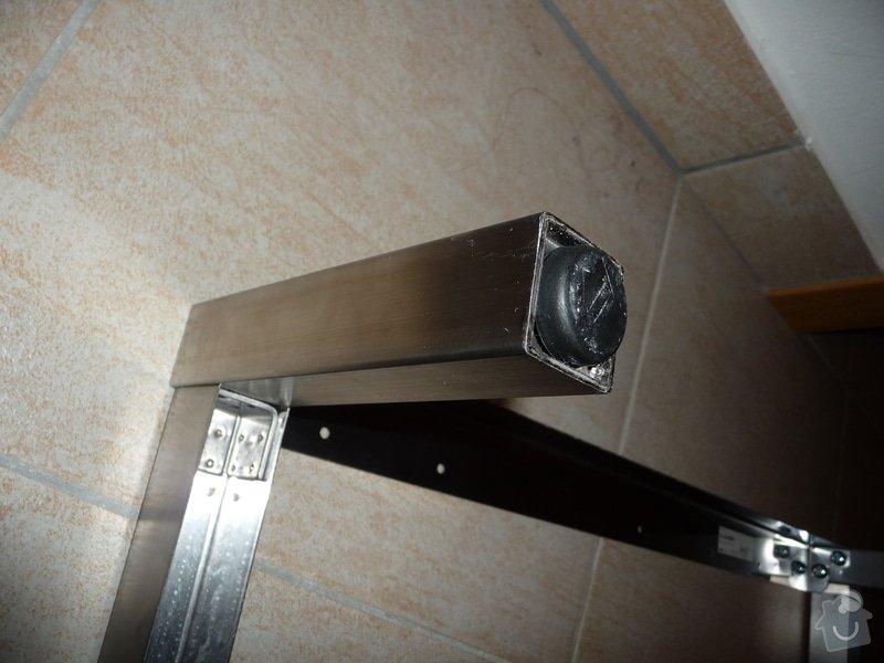 Zkrácení nožiček ocelového podstavce: P1140104