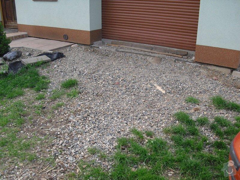 Položení zámkové dlažby 50 m2: CIMG2025