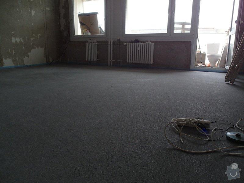 Srovnání hrubé podlahy v bytě: SAM_0061