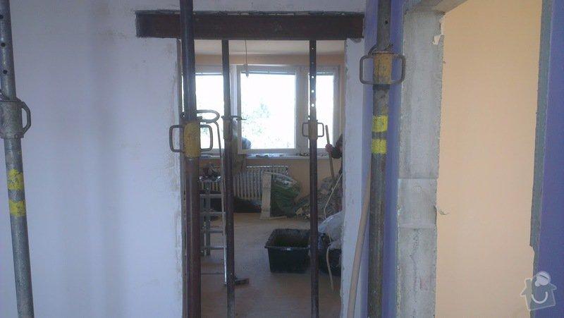 Rekonstrukce panelového bytu 4+1, bourací práce, rozvody el. (bytové jádro): IMAG0050