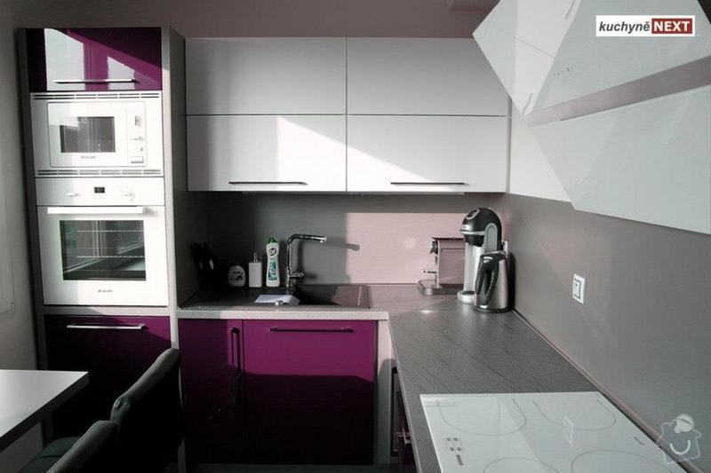 Kuchyňská linka a vestavěná skříň: 575683_342642022514032_467811667_n