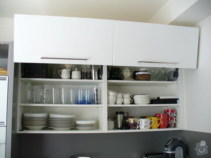 Kuchyňská linka a vestavěná skříň: P1020198