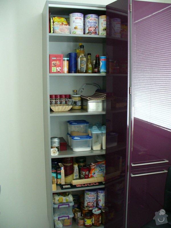 Kuchyňská linka a vestavěná skříň: P1020200