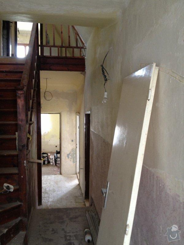 Oškrabání, vytmelení a vymalování stěn: 236