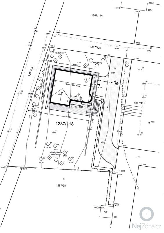Stavba základů a podsklepení RD: 14