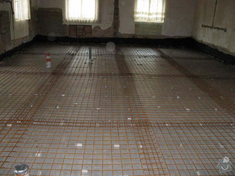 Vylití betonové podlahy: IMG_2318