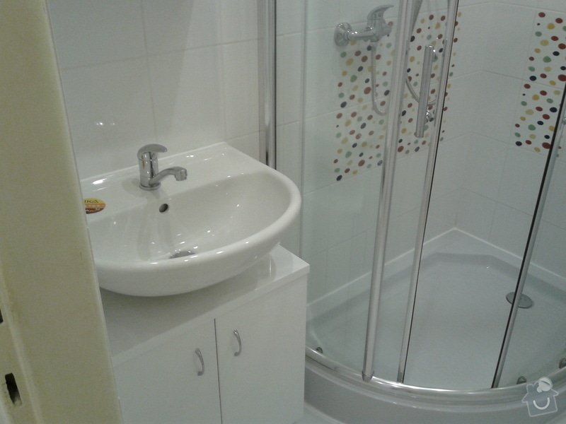 Rekonstrukce koupelny,WC,předsíně: 20130508_083427