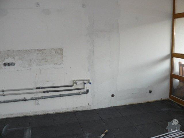 Výroba kuchyně: P1050842
