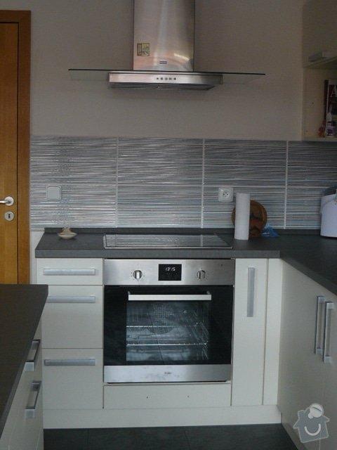 Výroba kuchyně: P1050949
