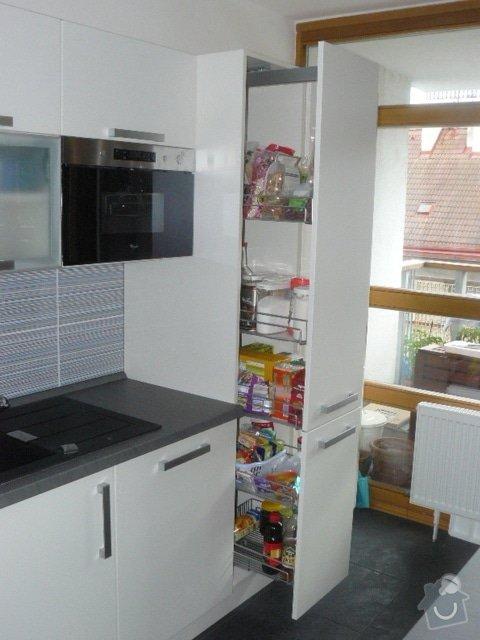 Výroba kuchyně: P1050955