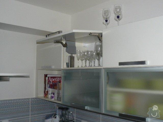 Výroba kuchyně: P1050960
