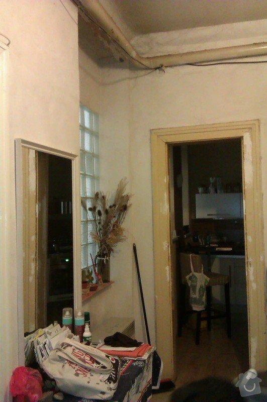 Štukování chodby a wc + snížení stropu v chodbě: IMAG1050