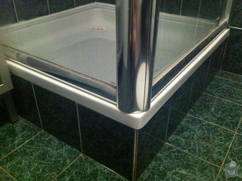 Výměna vaničky sprchového koutu, přespárování obkladů ve sprše: image