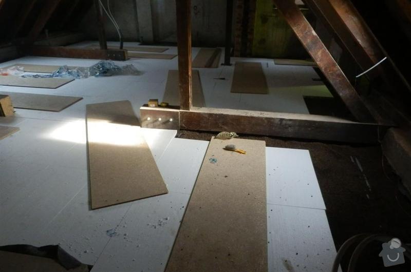 Vyrovnání podkladu deskami MFP v podkroví: P2090700_Large_