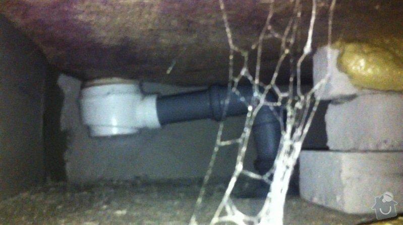 Výměna vaničky sprchového koutu, přespárování obkladů ve sprše: odpad