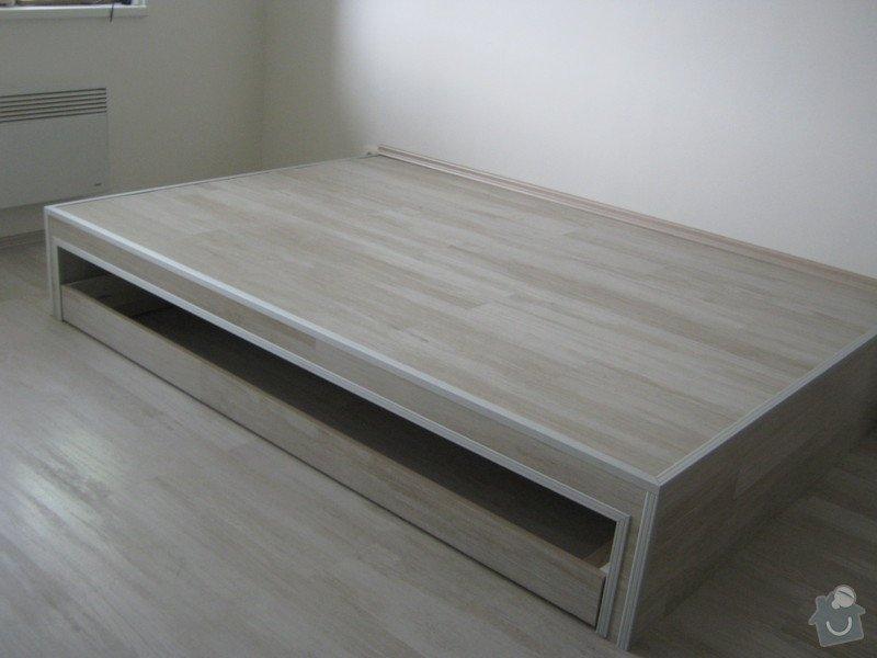 Zvýšené pódium s postelí: podium_1_