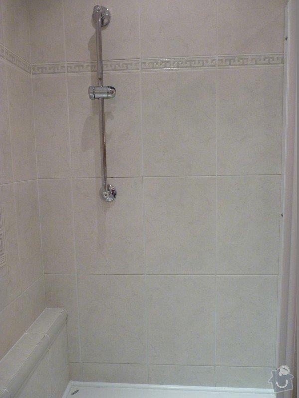 Přespárování obkladů v koupelně, přetěsnění vany: P1020881_Large_