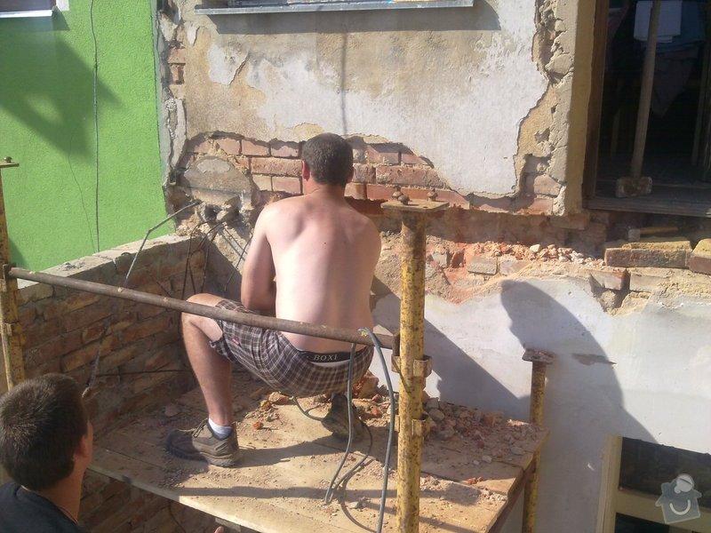 Rekonstrukce balkonu a fasády: 04012010019