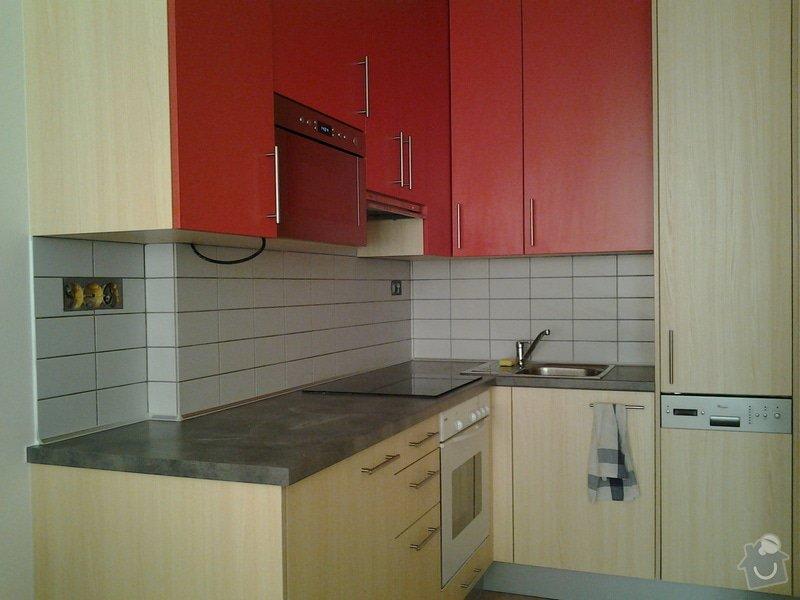 Obklad kuchyňské linky - plocha do 3 m2: kuchyn1