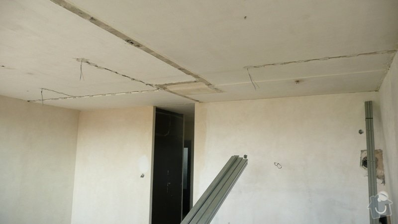 Sádrokartonový podhled jeden pokoj (32m2): P1060848