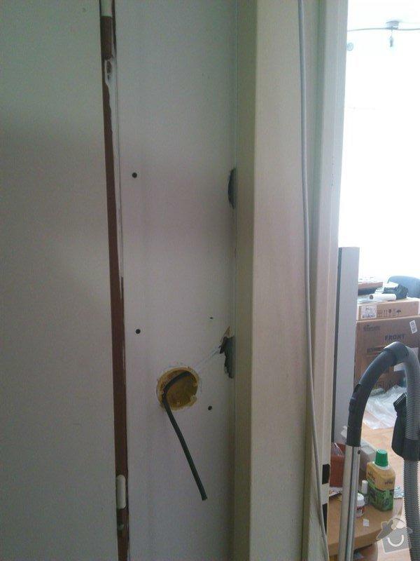 Elektroinstalace v bytě (bytový rozvadeč + připojení kuchyňských spotřebičů): druhy_vypinac_chodba