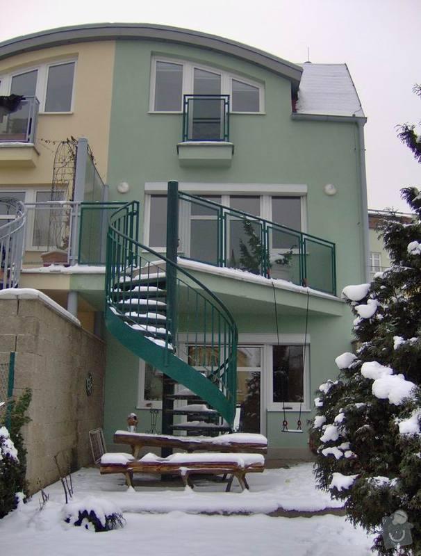 Oprava dlažby terasy a schodů: dum_zezadu