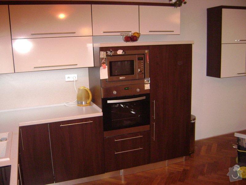 Kuchynská linka +stůl: DSC01007