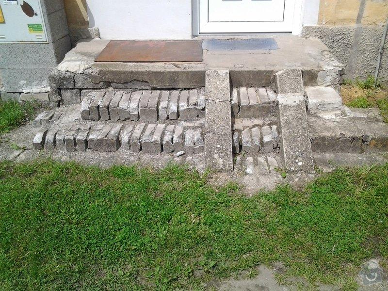 Rekonstrukce venkovního schodiště: 20130522_113203