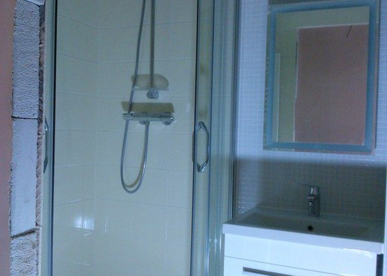 Rekonstrukce koupelny, předsíně, kuchyně