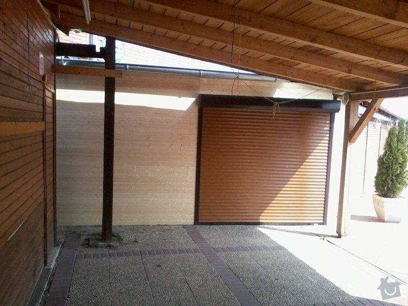 Tesaře - napojit  střechou i stěnami dřevěné stánky: 2013-04-17_11.07.32