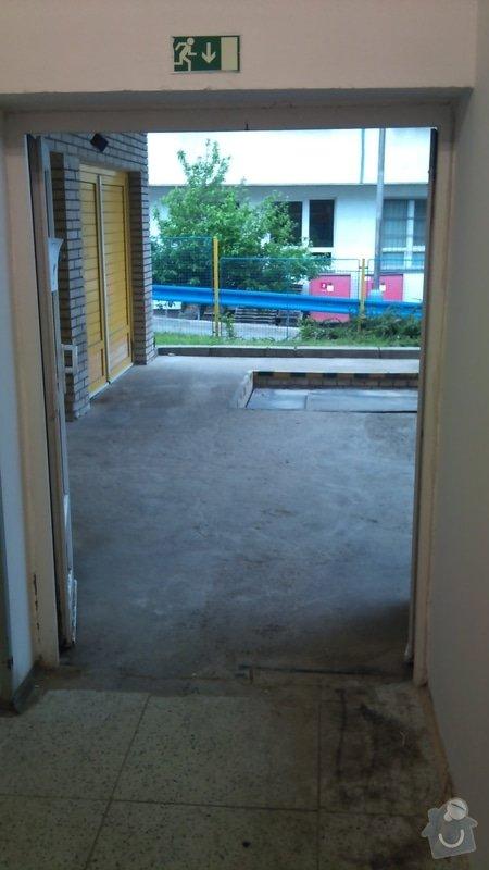 Dvoukřídlá skladová vrata : DSC_0378