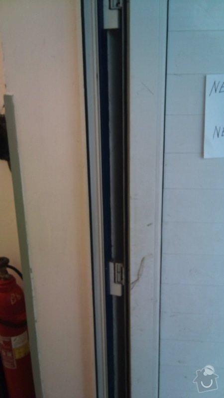 Dvoukřídlá skladová vrata : DSC_0380