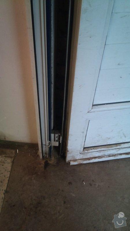 Dvoukřídlá skladová vrata : DSC_0381