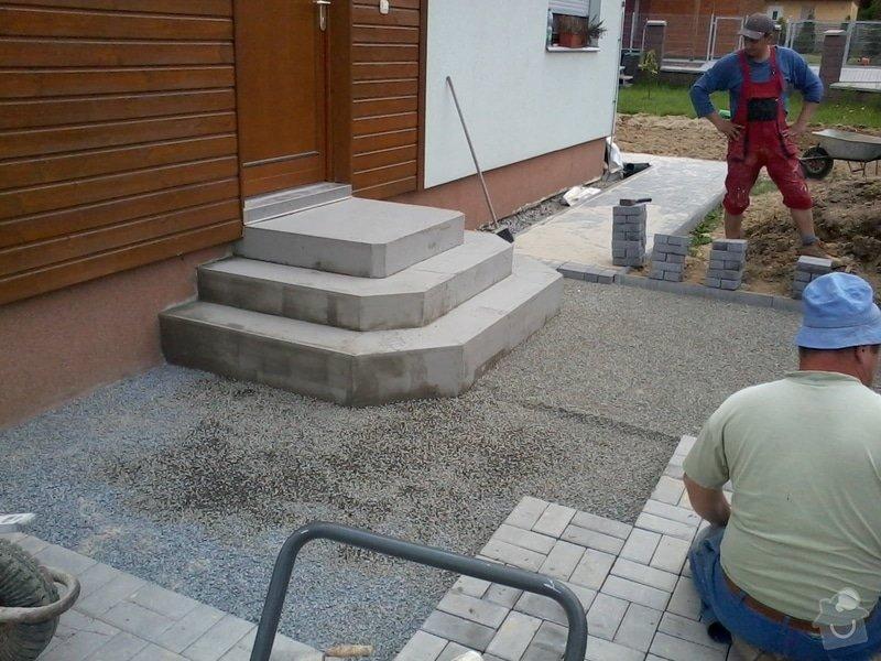 Dokončení zámkové dlažby + vstupní schodiště: zamkovka_33