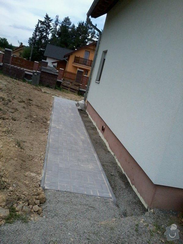 Dokončení zámkové dlažby + vstupní schodiště: zamkovka_3