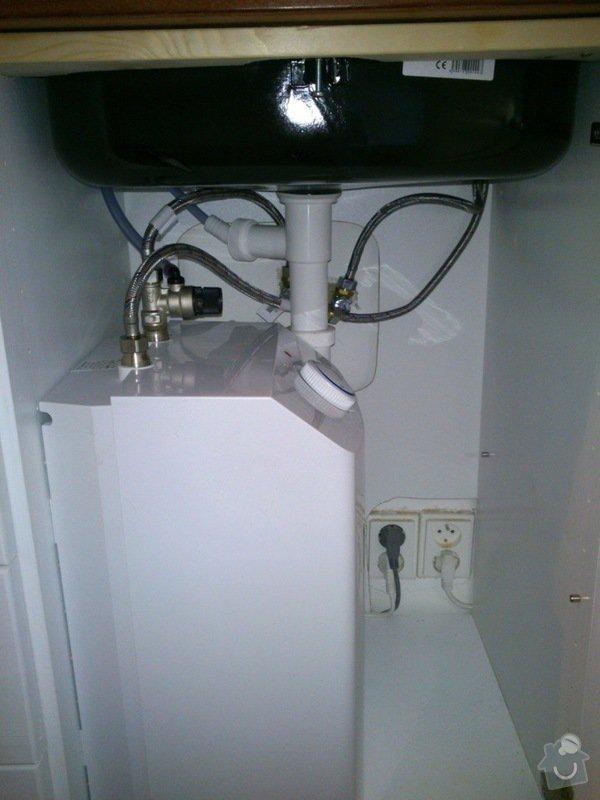 Instalace dřezové baterie a odpadu: DSC_0036