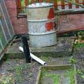 Propojeni odpadu odpadni trubkou uvnitr zumpy dscf7262