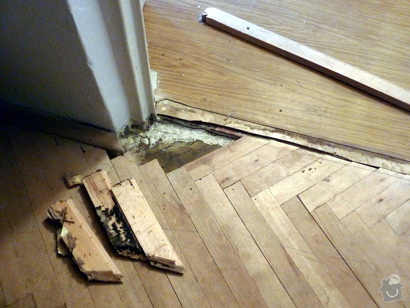 Rekonstrukce bytu: stara_podlaha